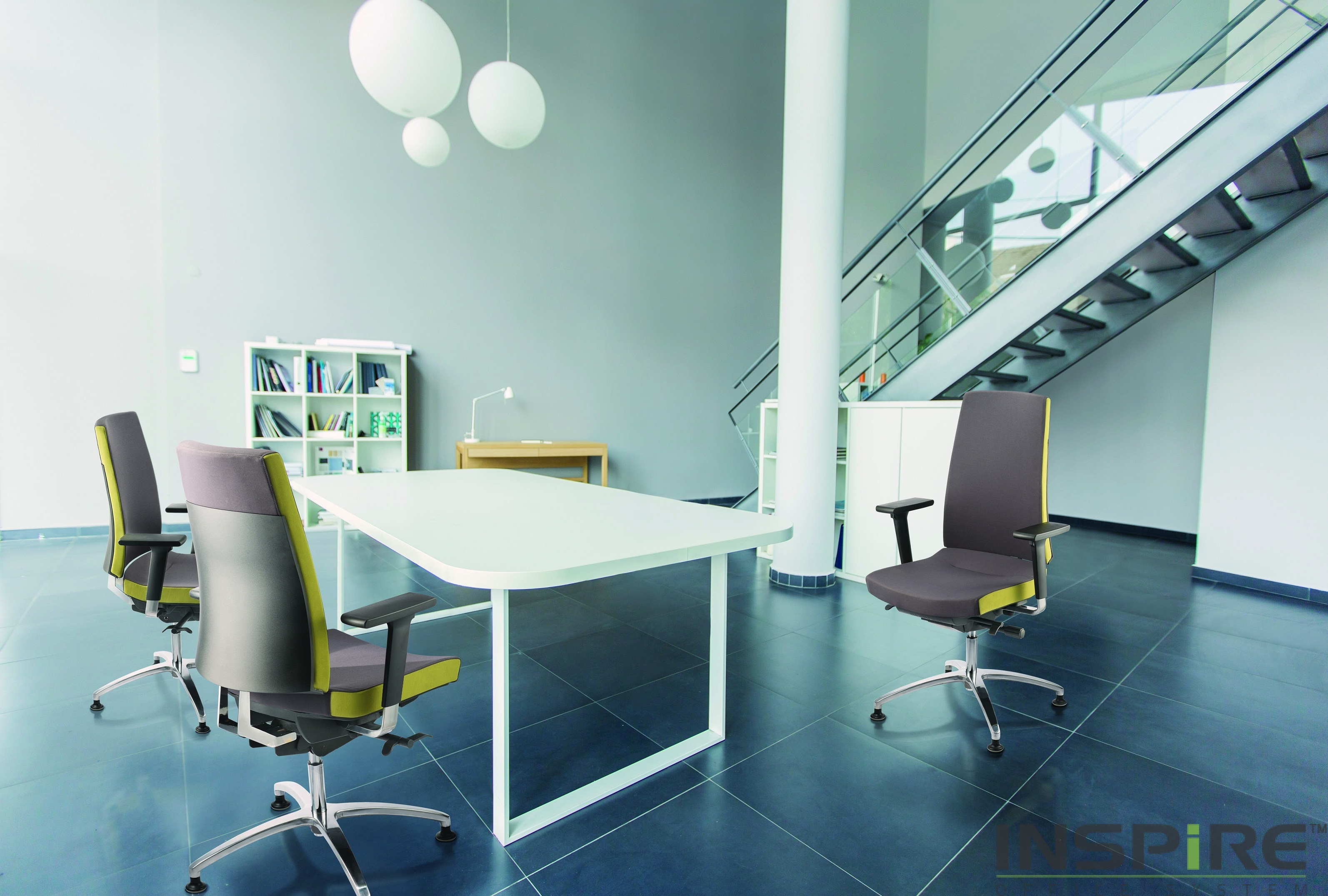 Office Furniture Seating - Clover 02